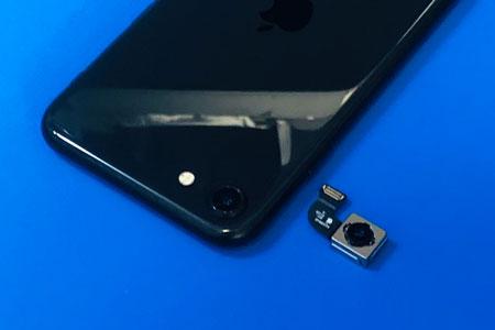 甲斐市でiPhoneSE 第2世代のリアカメラ交換修理の実績をご紹介!